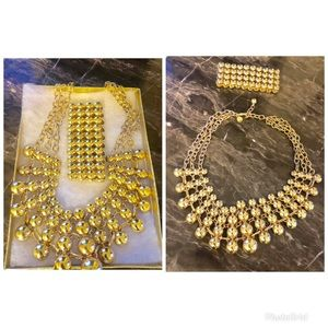 Gold toned necklace and bracelet set